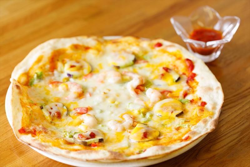 こだわりのピザ